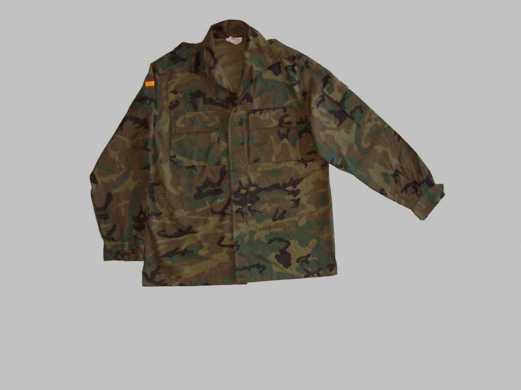 "Various Spanish Army ""Woodland"" uniforms 100_8314"