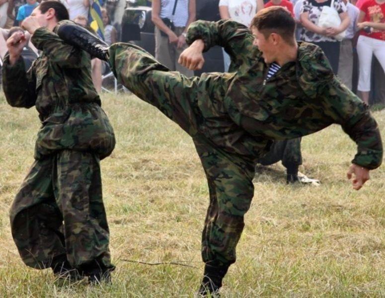 Russian camo uniforms - Page 3 Russie14