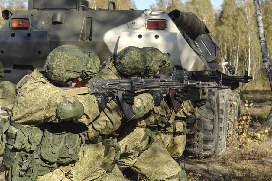 Russian camo uniforms - Page 3 Russie20