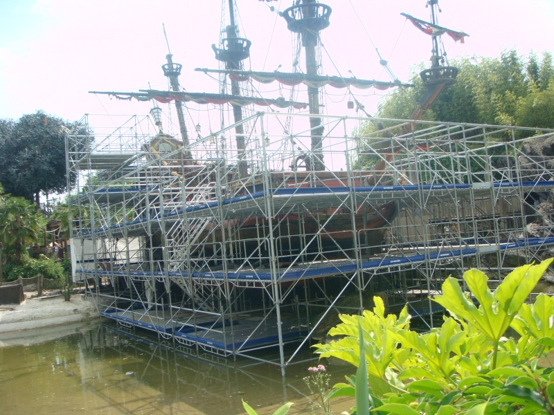 [Réhabilitation] Captain Hook's Pirate Ship devient Pirate Galleon (Galion Pirate) - Page 5 Dsc08610