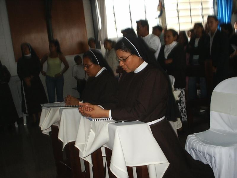 Votos Perpetuos de Sor Judith Cruz y Ninfa Aracely Votods10