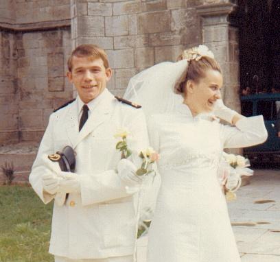 [Les traditions dans la Marine] Mariage en tenue - Page 2 Djp_0311