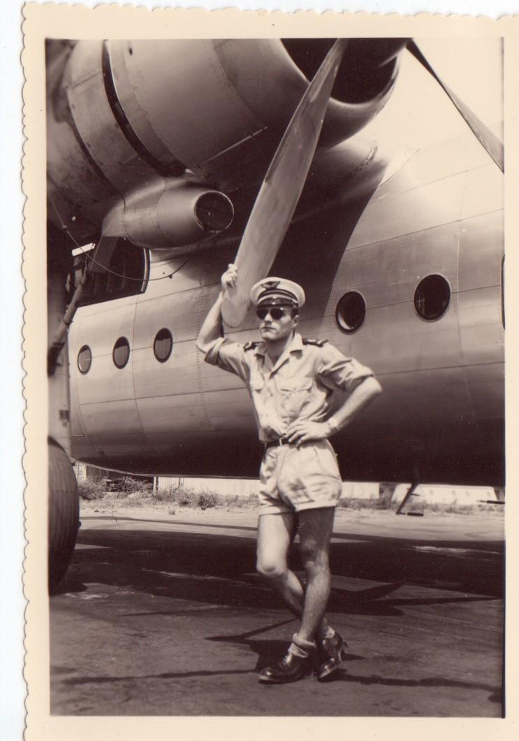 --Diverses photos d'epoque 1955-1958 de mon Grand Oncle-- -6-10