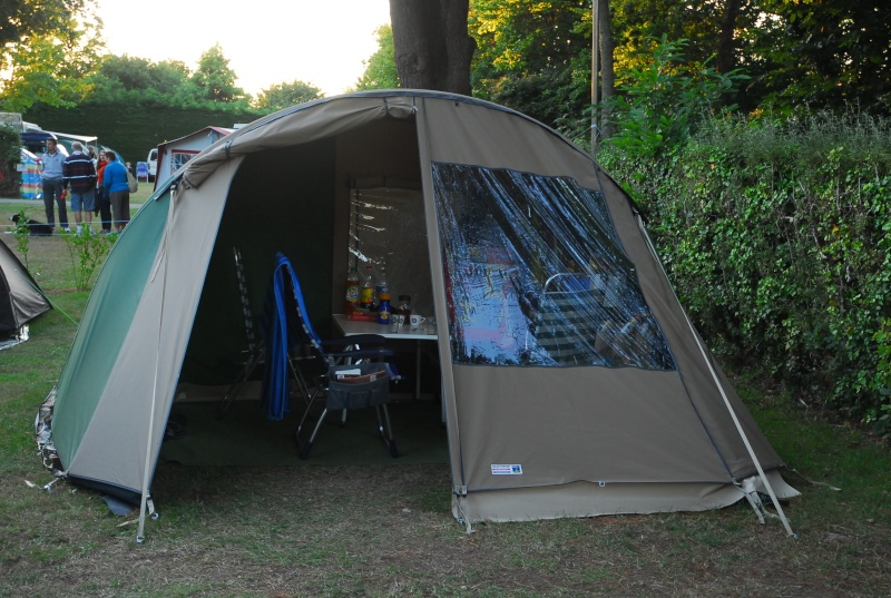 Sève sur toile de tente... Dsc_0235