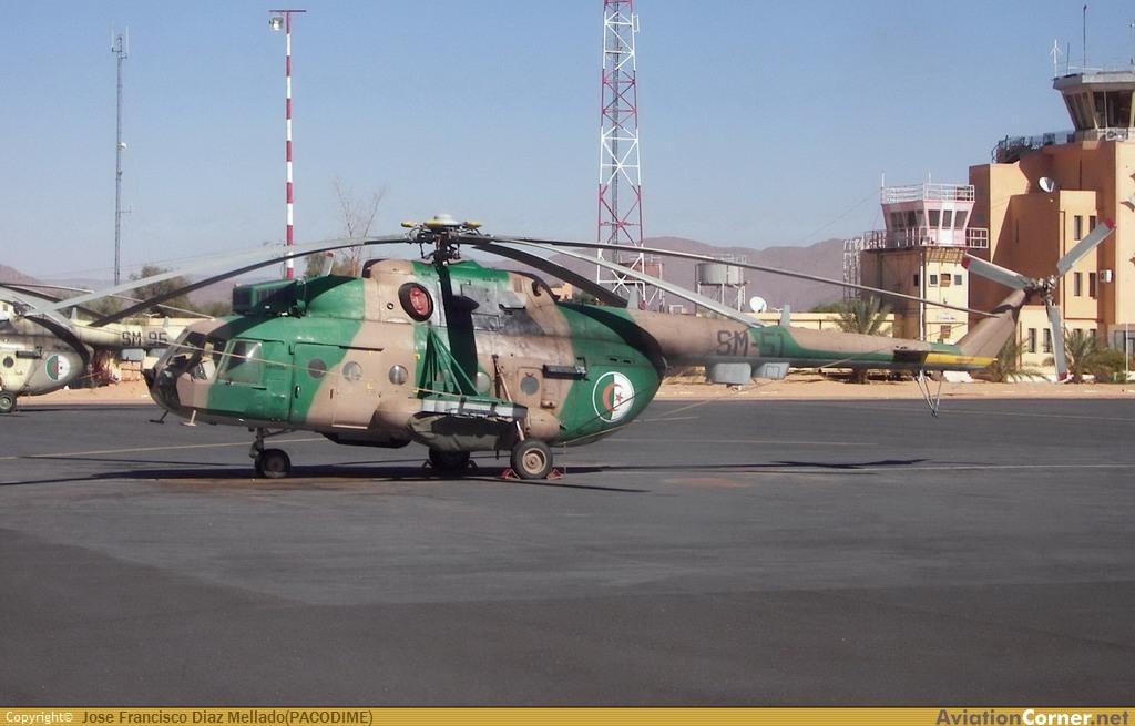 المروحيات التي تمتلكها الجزائر Avc_0011