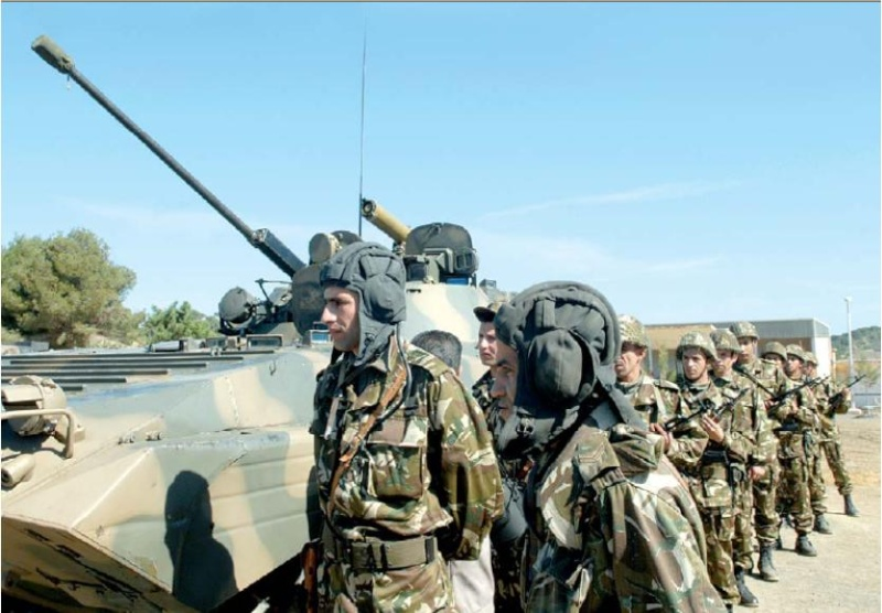 الجيش الجزائري Bmp-2_10