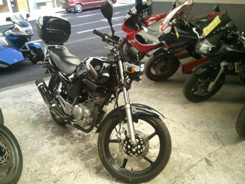 [Vds] Yamaha 125 YBR de 2005 noire 2500km 1100€ Photo010
