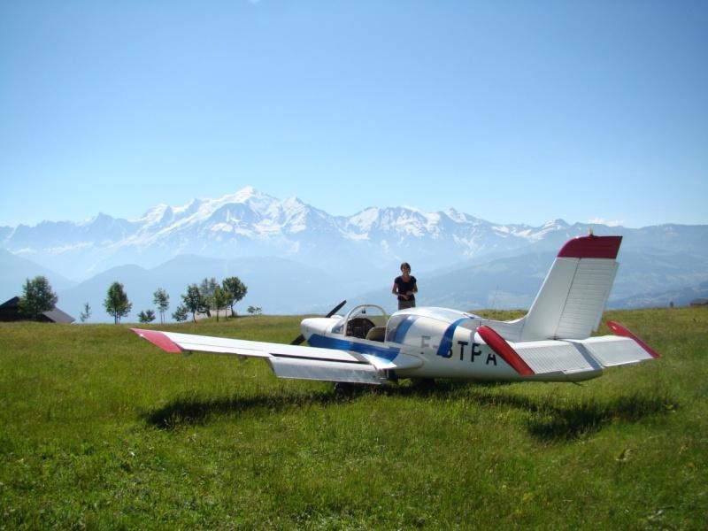 Concours Photos du mois de Juillet:Les  Filles et les avions Caline10
