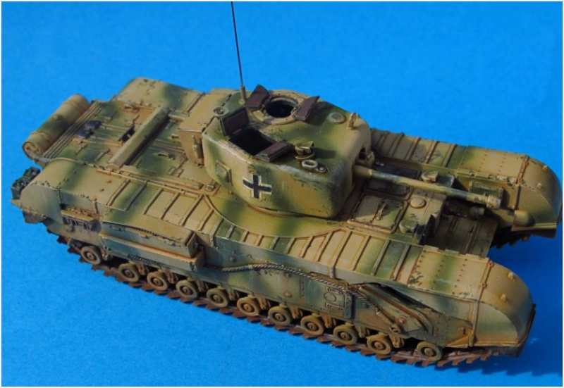 churchill beute 1/72  TERMINE ........... - Page 2 Church27