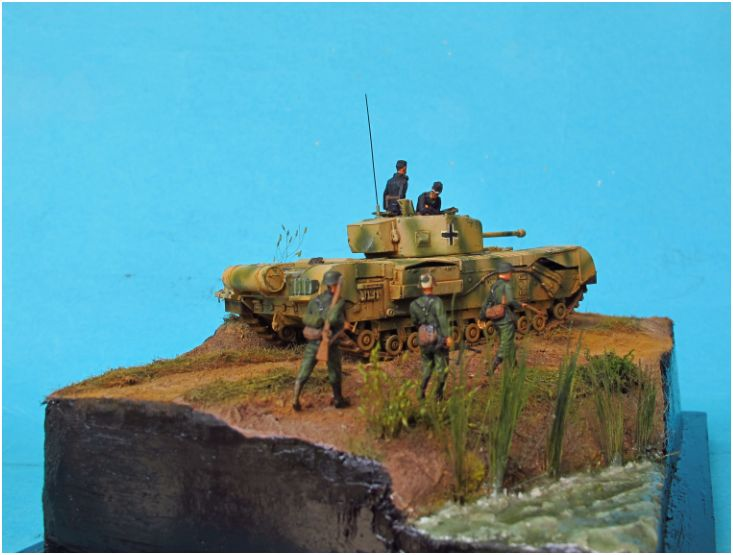 churchill beute 1/72  TERMINE ........... - Page 2 Church35