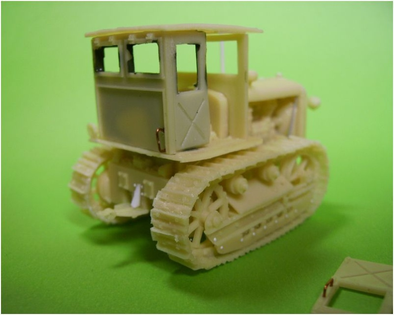 tracteur stalinetz et obusier de 152, 1/72° Pict5510