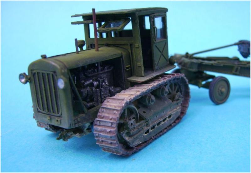 tracteur stalinetz et obusier de 152, 1/72° Pict5512