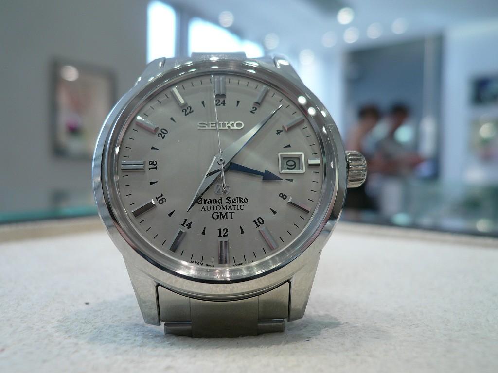 CHoix achat montre GMT - Page 2 Mai23610