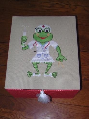 Une boîte à médicaments Nurse_10
