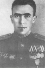 PILOTOS REPUBLICANOS ESPAÑOLES EN LA URSS Serafi10