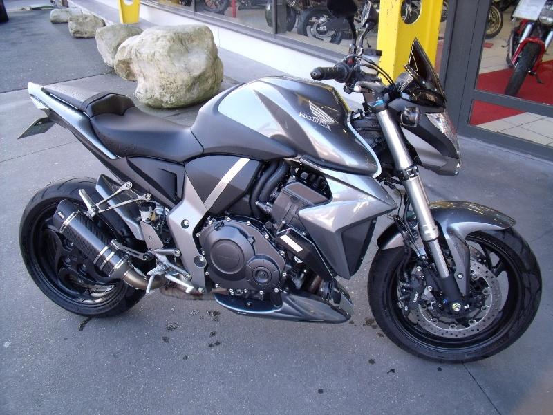 HONDA CB 1000 R ABS 2008 - 9000Km (PRIX EN BAISSE) Dscf0410
