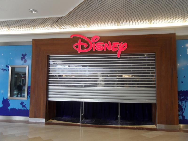 [Boutique Disney Store] Lyon - Page 4 Sam_8910
