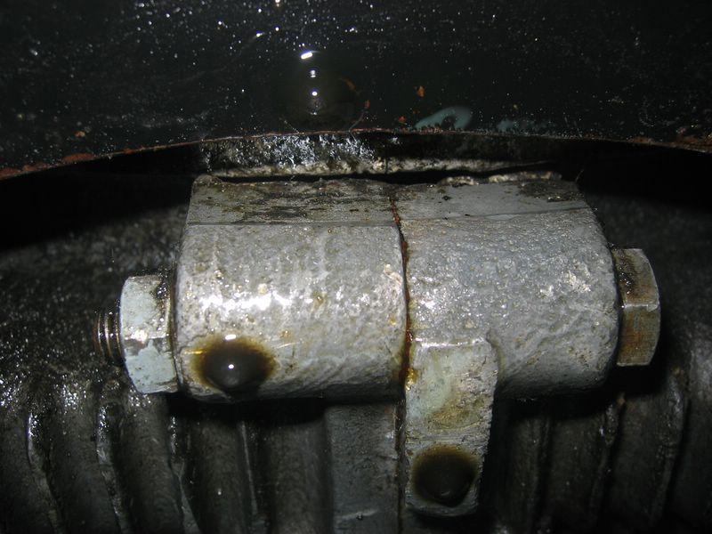 Fuite entre moteur et boite Photo_45