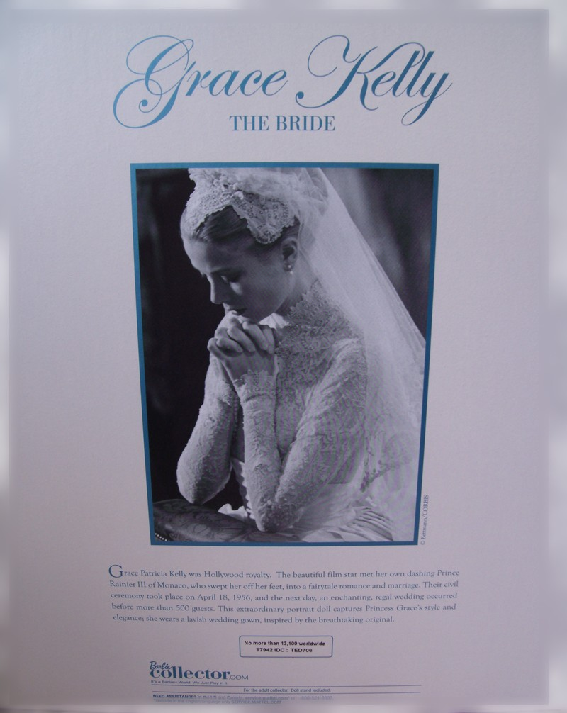 Une Silkstone Grace Kelly  - Page 3 Gedc7913