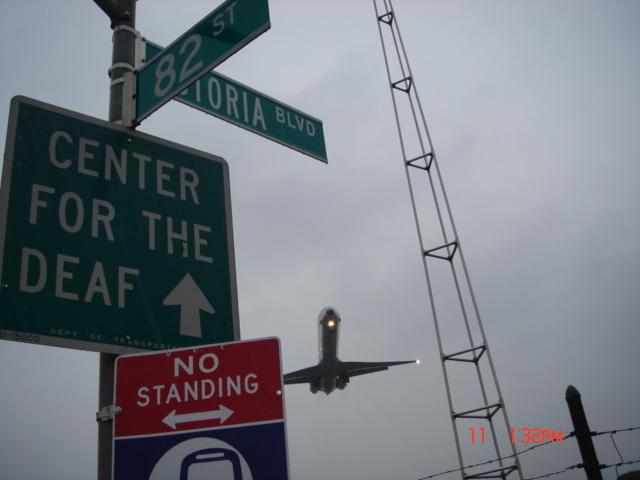 Umor aviatic - Pagina 4 Dsc02618