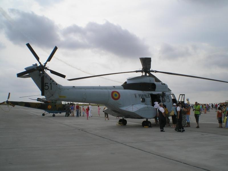 Elicoptere civile, militare, utilitare - 2008 - Pagina 2 P6280411