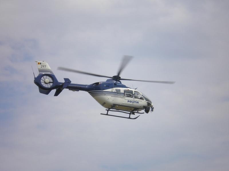 Elicoptere civile, militare, utilitare - 2008 - Pagina 2 P6280511