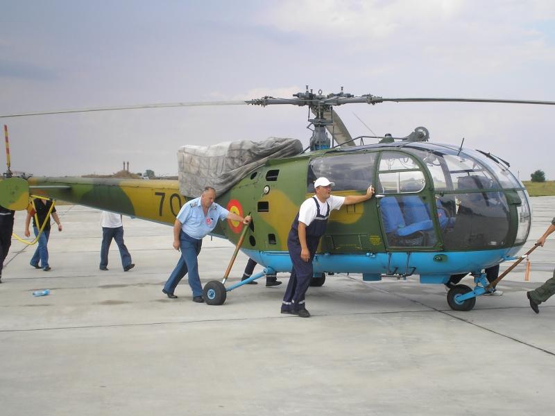 Elicoptere civile, militare, utilitare - 2008 - Pagina 2 P6280512