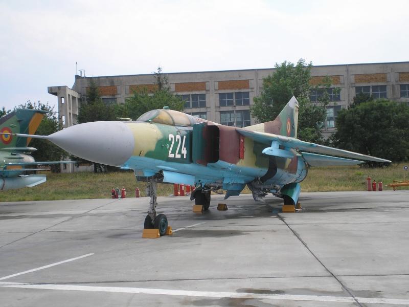 Aeronave militare P6280515