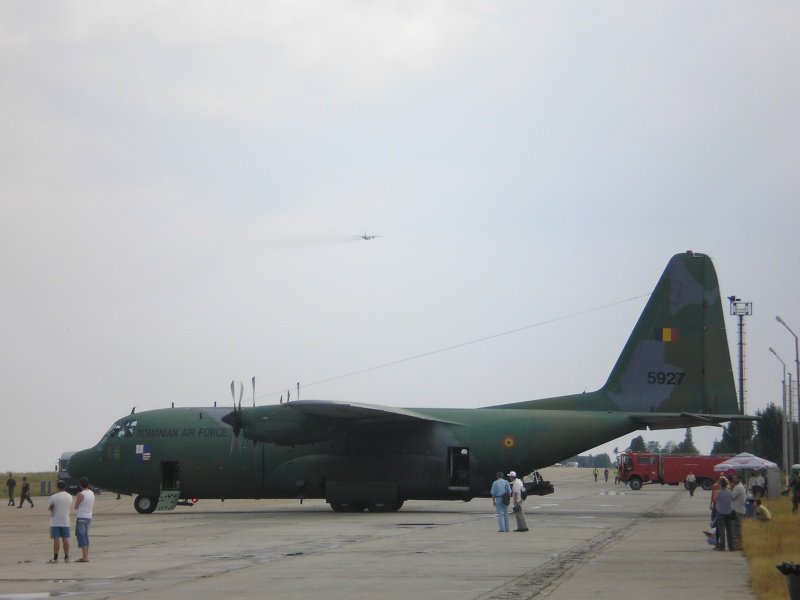 Aeronave militare P6280518