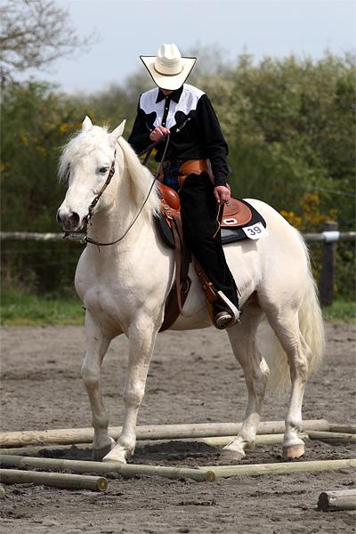 WHITE CYCLONE LI Sarzea14