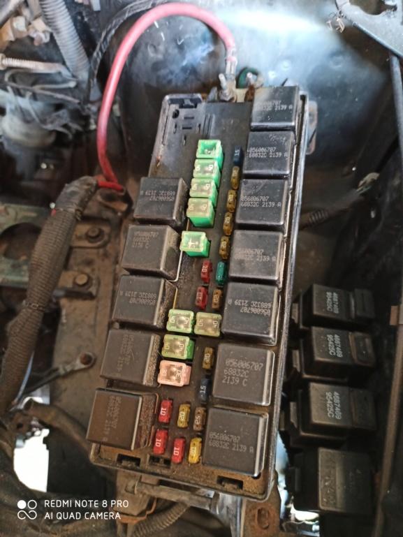 Problème démarrage suite changement moteur Img_2010