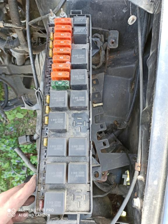 Problème démarrage suite changement moteur Img_2011