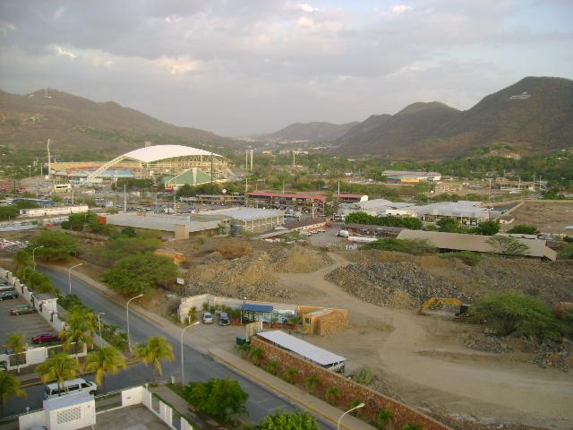 Puerto la Cruz | Estadio José Antonio Anzoátegui | 36.000 Dsc01614