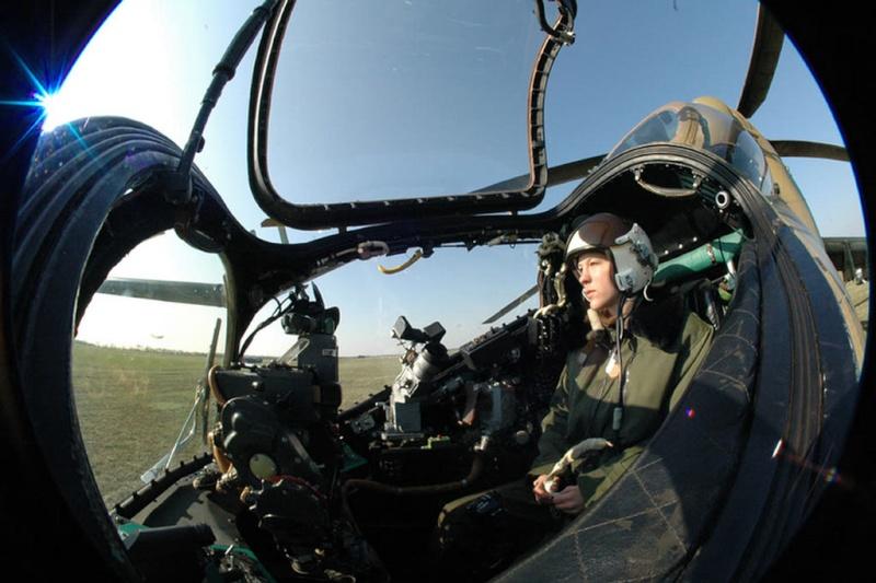 المروحية MI-24 MK3 Super hind الجزائرية Img_4810