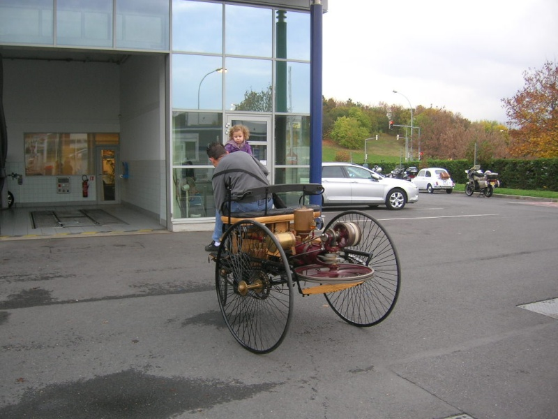 """Le 5/112011 après-midi """"Mercedes-Benz Passion au centre Technique MB de Stains Dscn6021"""