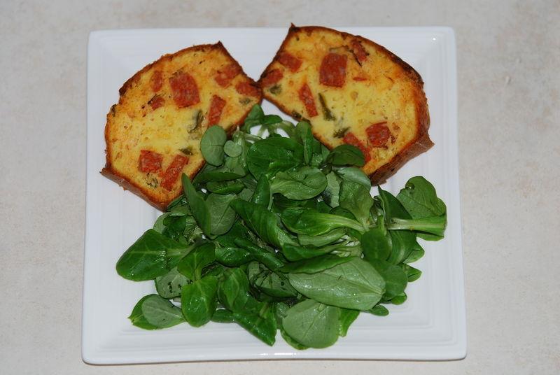 Cake au poivron vert et chorizo 27897010