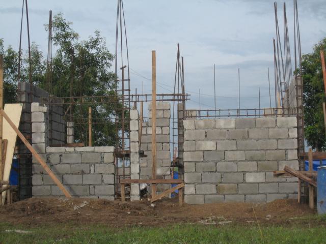 Two Storey Residential House (Metrogate, Trece Martirez City) - On-going Img_4512