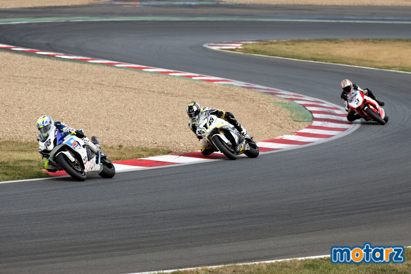 [FSBK] Magny Cours, 17 juillet 2011 - Page 3 Img_0311