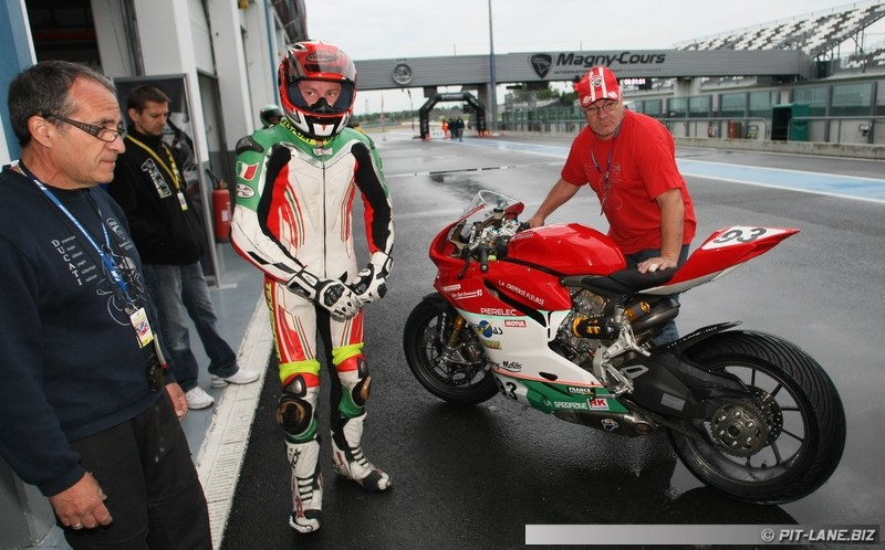 [FSBK] Magny-cours 30/06-01/07 - Page 2 Img_0403
