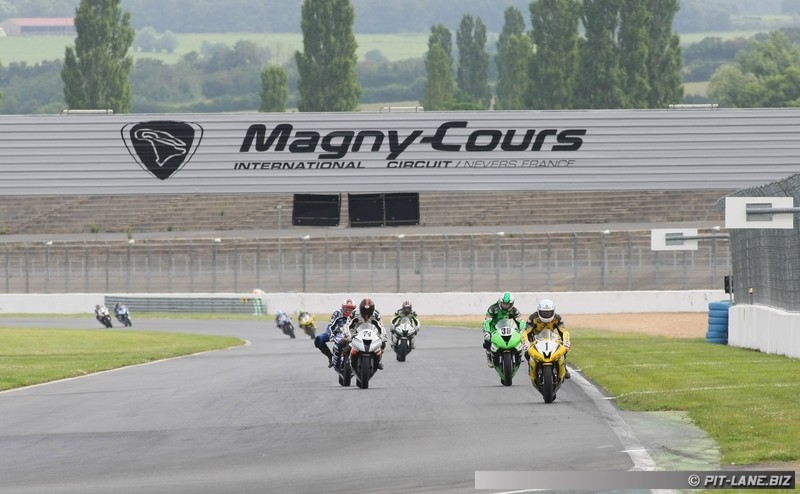 [FSBK] Magny-cours 30/06-01/07 - Page 2 Img_0405