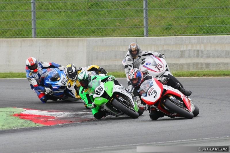 [FSBK] Magny-cours 30/06-01/07 - Page 2 Img_0467