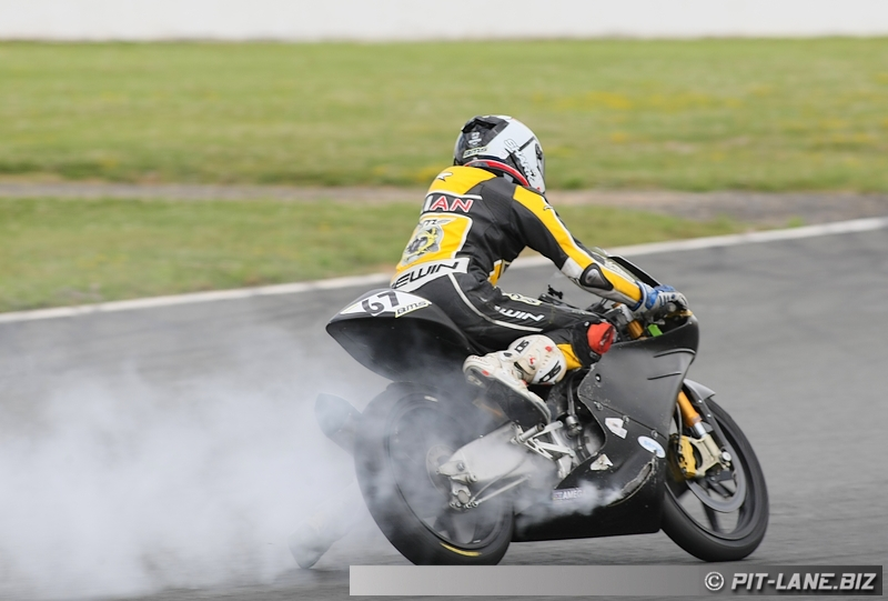 [FSBK] Magny-cours 30/06-01/07 - Page 3 Img_0486