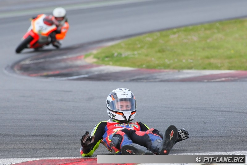 [FSBK] Magny-cours 30/06-01/07 - Page 3 Img_0488