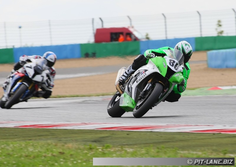 [FSBK] Magny-cours 30/06-01/07 - Page 3 Img_0528