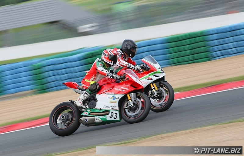 [FSBK] Magny-cours 30/06-01/07 - Page 3 Img_0530