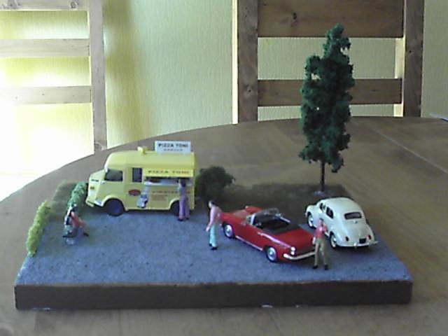 Diorama Citroen Type H Pizza Pic00410
