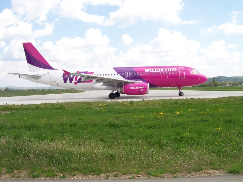 Wizz Air (W6 / WZZ) Pictur92