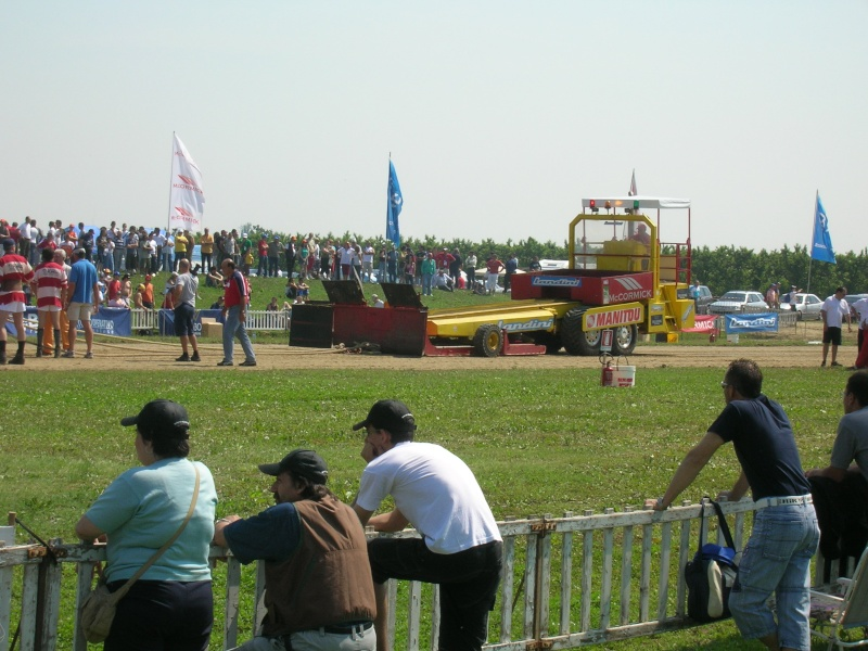 Tractor pulling 2007 Dscn3319