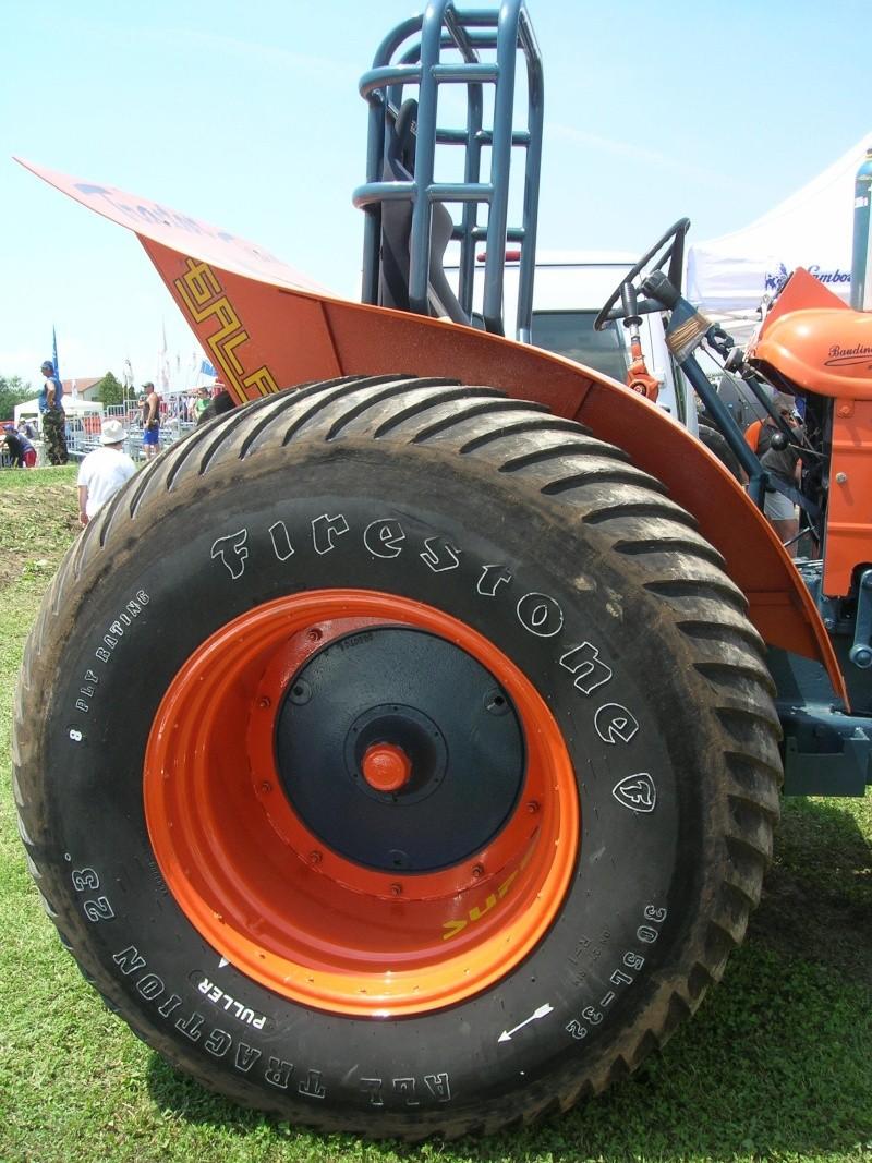 Tractor pulling 2007 Dscn3320