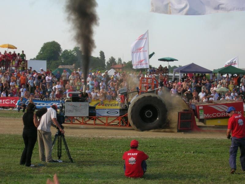 Tractor pulling 2007 Dscn3516